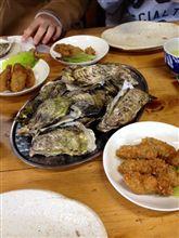 牡蠣食べてます
