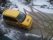 雪だ、雪です、積雪ですぅ