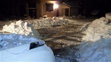 今さっき雪かき完了~だってコペン動かなくなっちゃった(苦笑)。