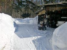 車庫前の雪かきⅡ