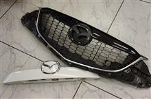 CX-5用フロント/リアガーニッシュカーボン商品開発します