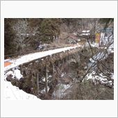 旧郡界橋と伊世賀美隧道