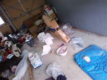 格納庫を10年に一度の大粛清しました。