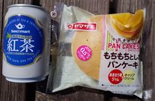 ヤマザキ もちもちとしたパンケーキ あまおう苺ジャム&ホイップクリーム