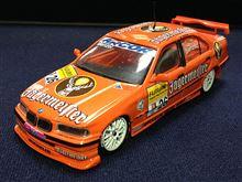 1/43 BMW 320i STW イエガーマイスター