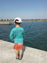 2014,5,11   甥っ子と釣り~♪