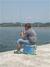 2014.5.25    上の子と釣り~♪(゜)#))<<