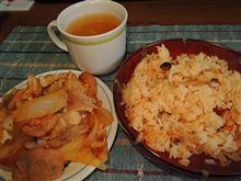 まだ夕方ですが^^)v 豚のしょうが焼き&炊き込みご飯♪