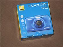 「Nikon COOLPIX S32」 を買っちゃいました