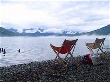 静かな湖畔で美味しいコーヒーを♪