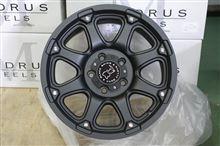 今日のホイール TSW BlackRhino Glamis(TSW ブラックライノ グラミス) -ジープ ラングラー用-