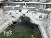 新型WRX STI ホワイトボディ
