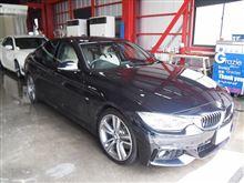 BMW420iグランクーペにホイールコートとセラミックレイン(高機能窓ガラスコート)を施工させていただきました(*^。^*)