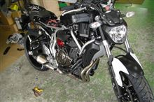 MT-07バイク屋さんに到着