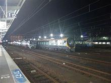今週末も夜のJR松山駅