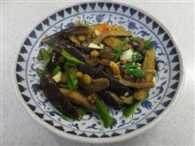 ナスの味噌炒めと葉山牛のすね肉の煮込み