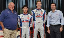 琢磨、2015年もAJフォイト・レーシングよりインディカー参戦!&2台体制