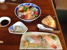 画像を送信して貰って久しぶりの投稿・・・ 絶品お寿司。