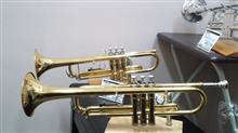 ミニバンの正しい使い方?w 自宅近くの川原でミュージックスタジオに変身。昨日購入したばかりのトランペットの試し吹き@大晦日ナウ♪