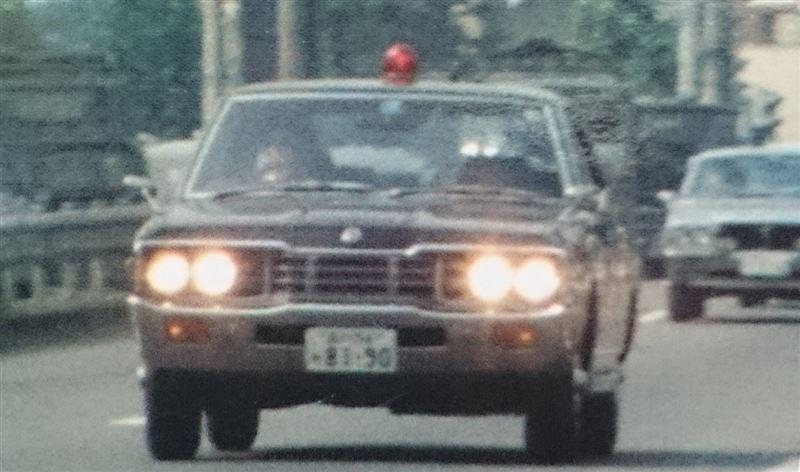 特捜最前線・セドリック特命車!