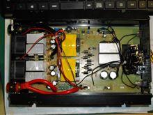 インバーターに外部電源SWを付けるのに開けたら。。。