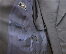 七年着用のスーツ・・・。