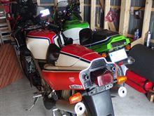 昔は、見向きもされないバイク・・・ 今は、違うらしい (´・ω・`)?