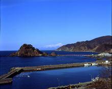 バケペンで撮った青い空と静かな海