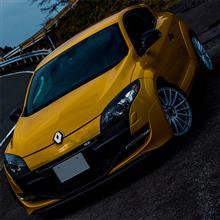 【試乗】Renault Megane RS (ABA-DZF4R) 前編