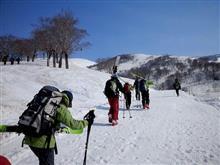 山形県西村山郡西川町 月山リフト→柴灯森→湯殿山スキー場。