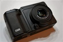 孤独のカメラ・・・リコーGXR