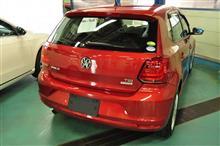 VWポロ TSI(6R)Composition Media搭載車 P-SYS VWエンブレムカメラ取り付け