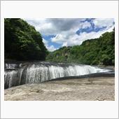 群馬県吹き割りの滝