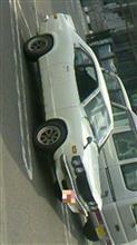 何だろう?この車?(^_^;)…