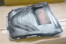 ドライカーボン製スバルレヴォーグ用エンジンカバー現在作成中