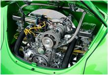 盗品の車のエンジンを保管した疑いで男2人逮捕