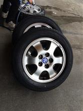 タイヤ交換。