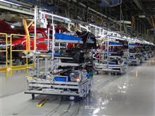 『マツダの工場に「戦車」が登場!大型無人搬送台車が組み立て中の車両に伴走』<ニュースイッチ>/気になるマツダのWeb記事。