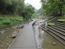 夏の最後の川遊び