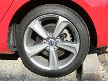 タイヤパンク修理困難によりタイヤ4本総取り換えになりました