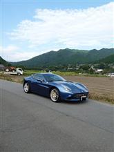 フェラーリカリフォルニアT「イタリアンブルーと京都大原の情景」