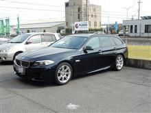 メンテナンスは大事...BMW F11 528 エンジンオイル交換 4CT-S 5W40