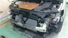 東京都 福生市よりご来店 マツダ プレマシーの板金・塗装・修理です。