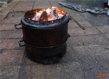 穴の開いた鍋の使い道