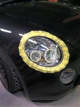 ヘッドライトの研磨とクリア塗装