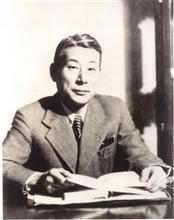 杉原千畝スギハラチウネ and his granddaughter Haruka