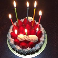 家族に祝ってもらいました(^^)/