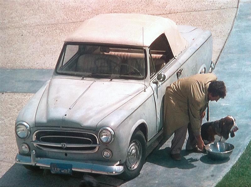 「コロンボ 車 プジョー」の画像検索結果