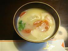 香川の白味噌あん餅入り雑煮