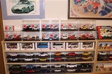 トミカのミニカーをコレクション棚に追加